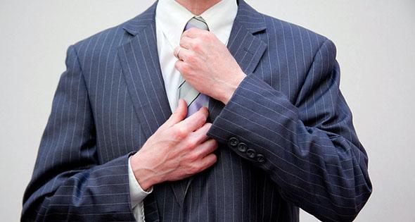 Flickr-Individual in a Suit-Flazingo Photos-editada-http://bit.ly/2jzfBVc