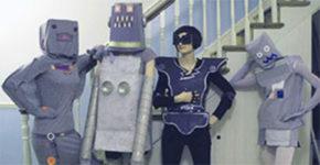 Personas disfrazadas de robots