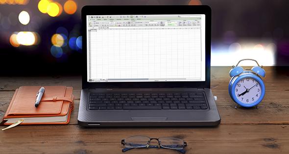 Computadora con Excel