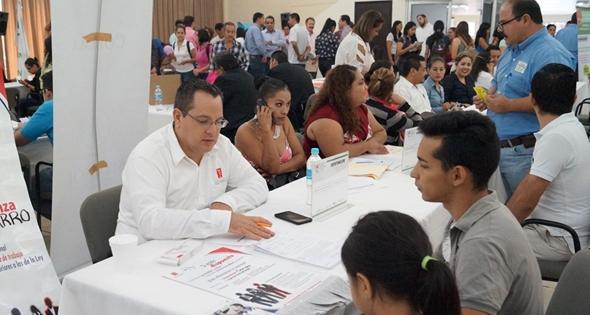 Feria de empleo en Colima